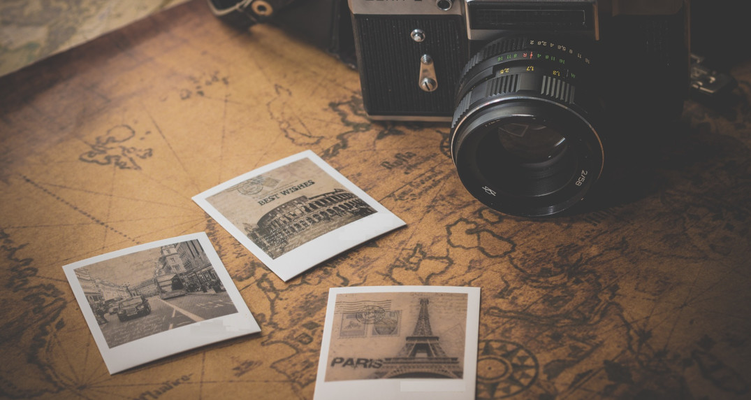 21 ways to use your treasure map - fill it with your favorite places, create itineraries for your visit or memories of places experienced.